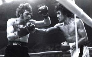 Salvador Sanchez lands a blow against an opponent.